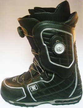 Used DC Torch Snowboard Boots - Size 7.5