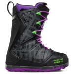 Thirty Two (32) Lashed Change That Tape Snowboard Boots